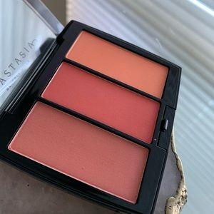 Blush trio peachy love